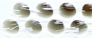 unsaubere Fasertrennung der Glasfasern und starker Faserüberstand nach 250 Bohrungen