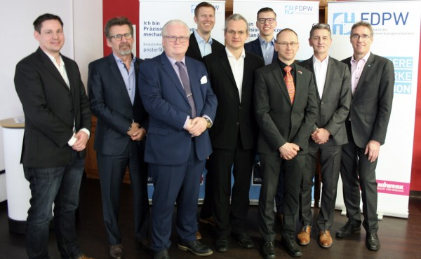 FDPW-Vorstand-2019-mit-Uwe-Schmidt